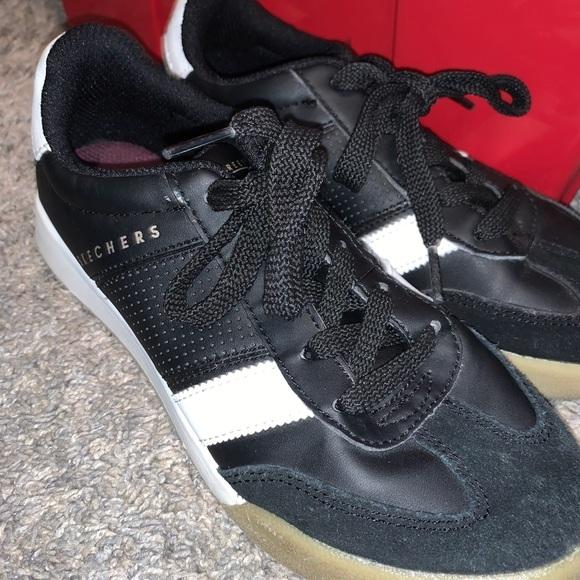 Skechers Shoes | Super Cute Black White
